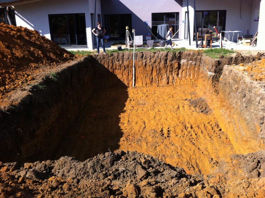 fosse-installation-piscine-creusee