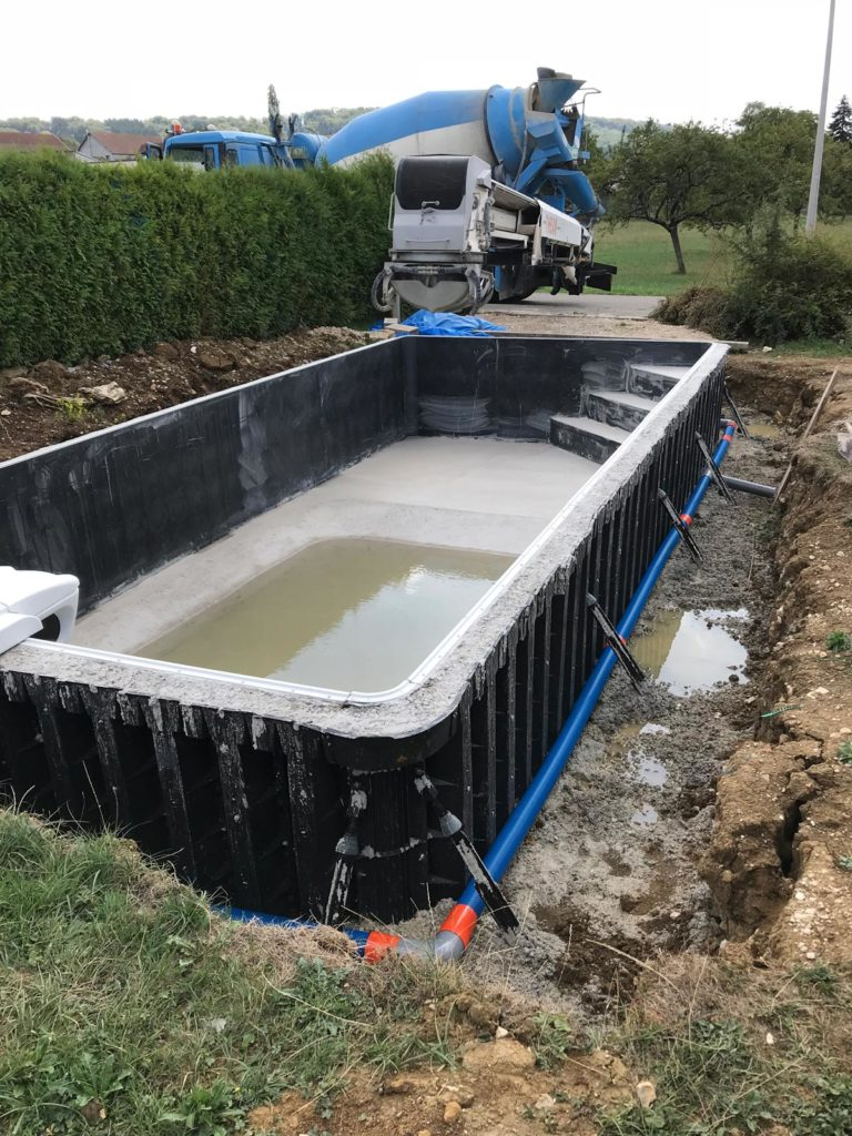 pose-piscine-beton