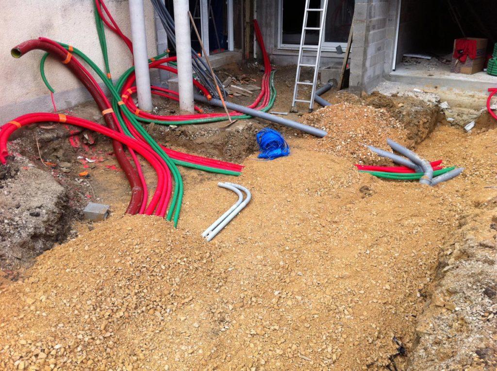 reseau-sanitaire-electrique-terrassement-chantier