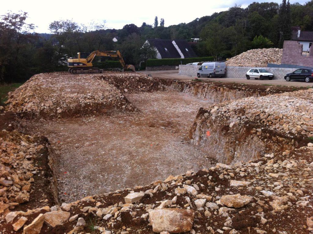 terrassement-concassage-brise-roche-calcaire