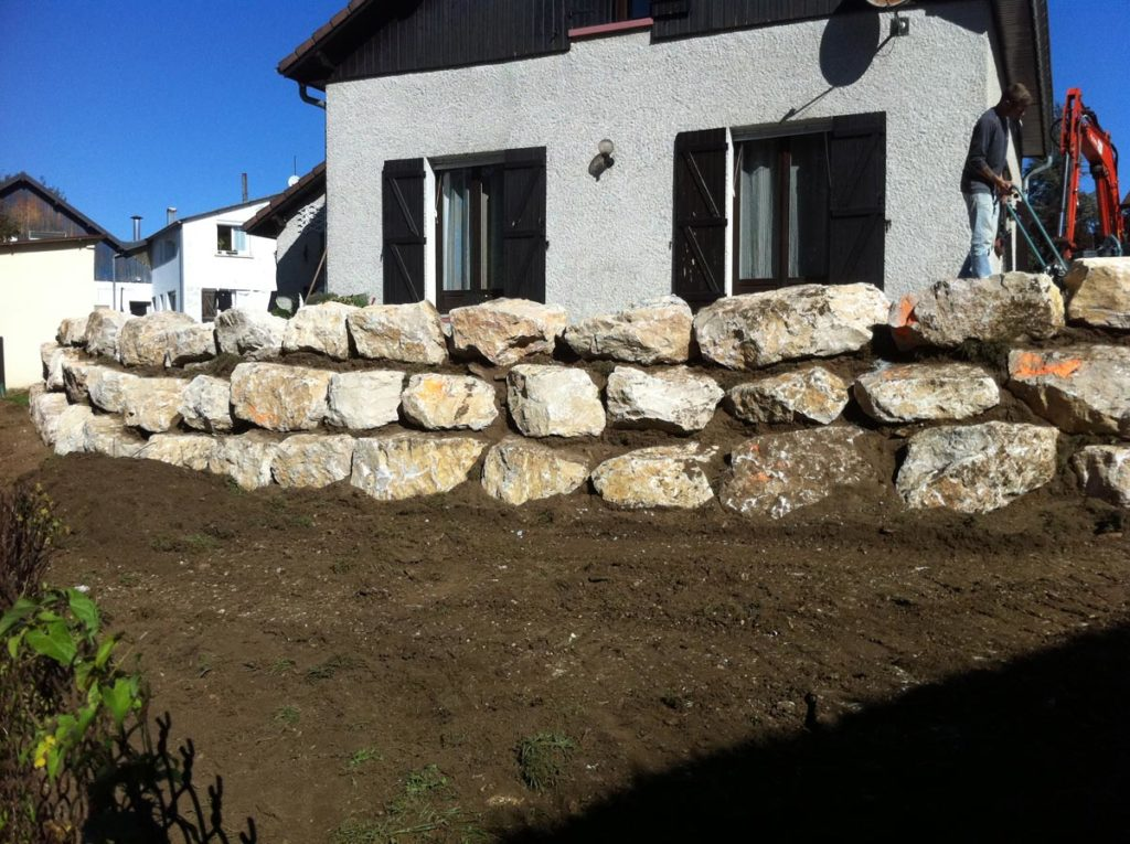 terrassement-terrasse-mur-de-soutenement
